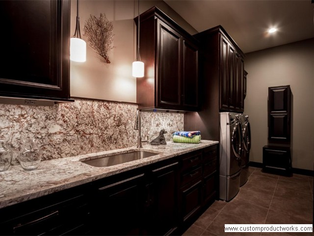Under Cabinet LED Lighting and Angled Power Strips provides a clean backsplash